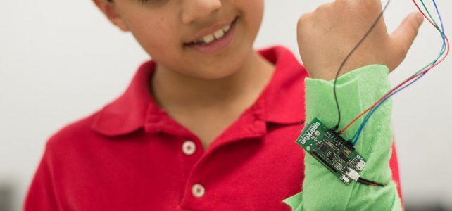 4-H Maker Challenge: Incredible Wearables