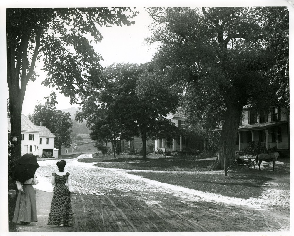 Tamworth Village ca. 1900