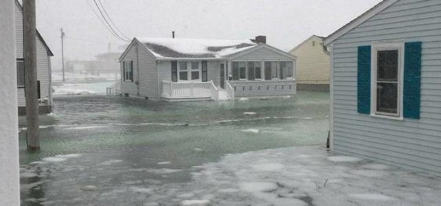 floodiung at Hampton Beach, January 2018